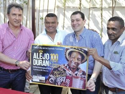 Con honores se conmemorán los 100 años del natalicio de Alejo Durán
