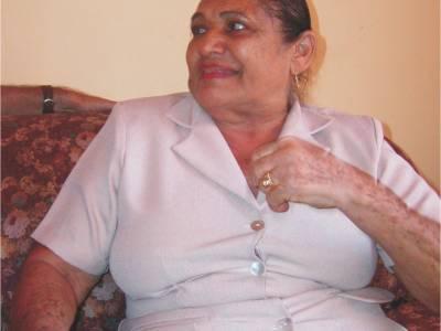 Una señora Patillalera formó en el Valle una gritería